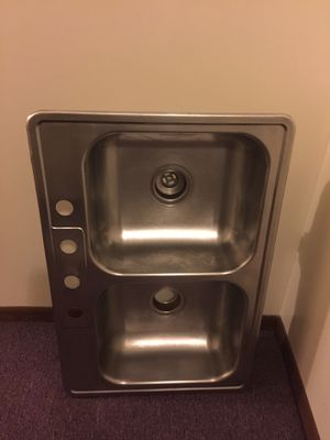 Sink size 33x22 for Sale in Bloomingdale, IL