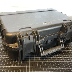 SKB 3I-1610-5B-C Industrial-Grade Waterproof Military-Spec Pro Case 16x10x5 in for Sale in Rancho Palos Verdes, CA