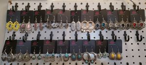 Earrings ( aretes ) for Sale in Bladensburg, MD