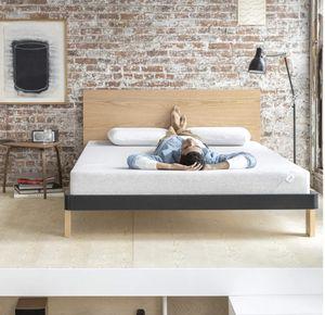 """Full sized 8"""" memory foam mattress for Sale in Bakersfield, CA"""