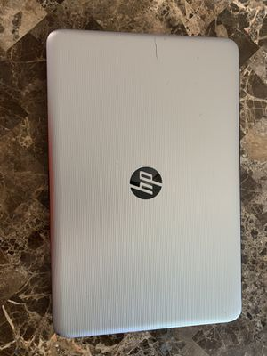 Hp 15.6 in Touchscreen Laptop for Sale in Chicago, IL