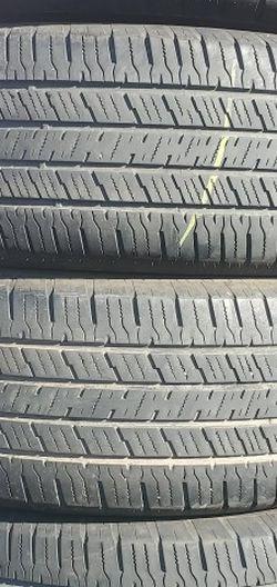 265/70r16 HANKOOK Tires En Exelentes Condiciones De Vida Las 4 for Sale in Lakewood,  CA