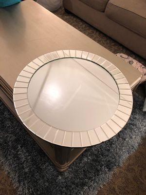 Mirror Centerpiece for Sale in Lakewood, CA