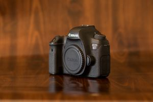 Canon EOS 6D DSLR Full-Frame Camera (Manual Mode Only!) for Sale in Long Beach, CA