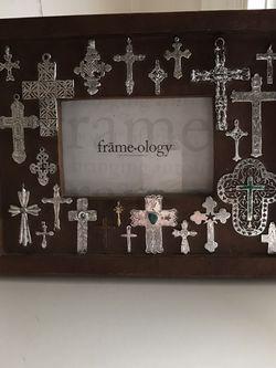 Frame-ology Picture Frame for Sale in Lakeland,  FL