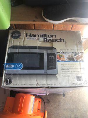 Hamilton Beach Microwave for Sale in Artesia, CA
