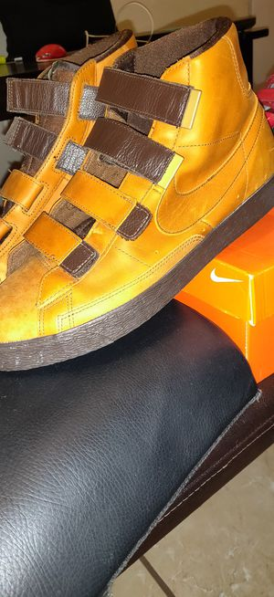 LIMTED ADDITION BROWN LEATHER NIKE for Sale in Tampa, FL