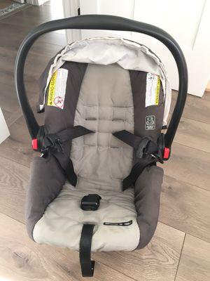 Car Seat - Snug Ride 30 for Sale in Tacoma, WA