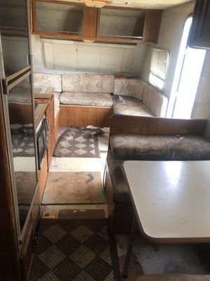 NEED SOLD ASAP 2000 Prowler Travel Trailer for Sale in Virginia Beach, VA