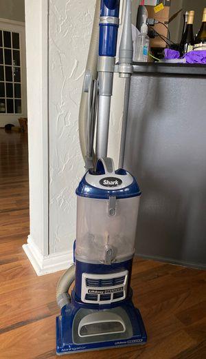 Used Shark navigator vacuum works great ! for Sale in Grand Prairie, TX