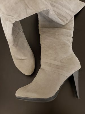 Thigh high fashion boots, new for Sale in Miami, FL