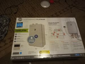 Rheem tankless water heater for Sale in Gig Harbor, WA