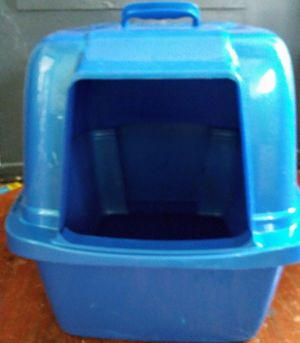 Blue covered cat litter box for Sale in Tulsa, OK
