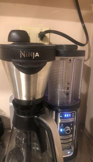 Ninja coffee maker 10$ for Sale in Chino Hills, CA
