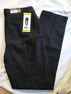 HILARY RADLEY STRETCHY PANTS SIZE SMALL. NEW for Sale in Tustin, CA