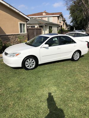 Toyota Camry XLE for Sale in Downey, CA