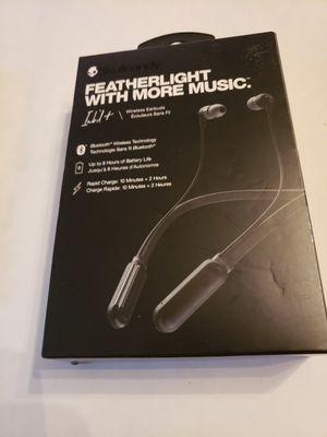 Skullcandy headphones around neck earbuds wireless for Sale in Plainville, CT