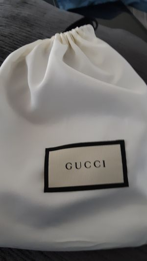 Authentic Gucci belt for Sale in Apopka, FL
