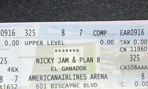 Nicky jam y plan b for Sale in Miami, FL