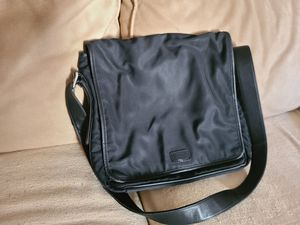 Authentic Coach messenger bag for Sale in Long Beach, CA