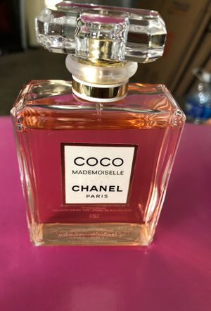Perfume (CHANEL) for Sale in Los Angeles, CA
