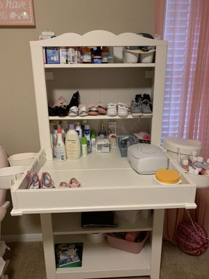 Baby organizer and changing table for Sale in Austin, TX