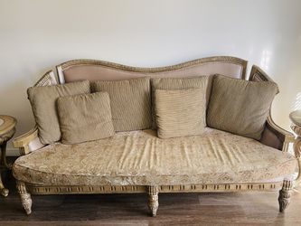 Couches for Sale in Altadena,  CA