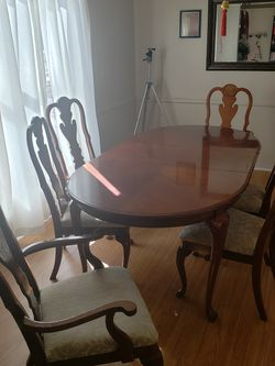 Dining Room Set for Sale in Southfield,  MI