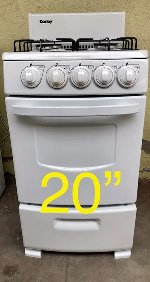 """Small stove 20"""" wide 🔥like NEW🔥 for Sale in East Los Angeles, CA"""