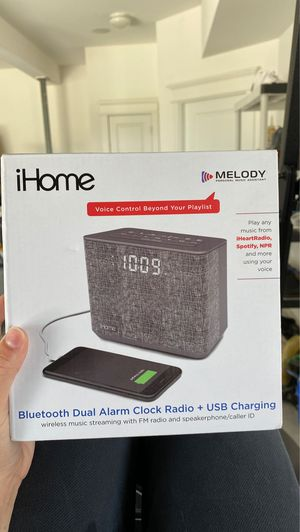 iHome Bluetooth speaker and alarm clock with usb charging for Sale in Charleston, SC