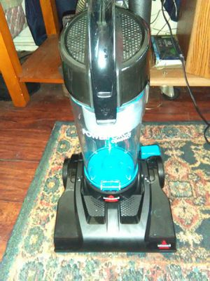 Bessel power forse compact Vacuum cleaner for Sale in Tampa, FL