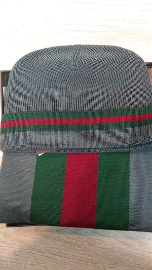 Gucci grey red green hat & scarf set for Sale in Paterson, NJ