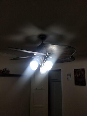Ceiling fan for Sale in Norwalk, CA