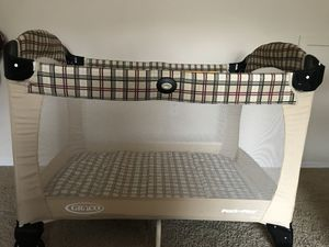 Baby crib pack and play for Sale in Alexandria, VA
