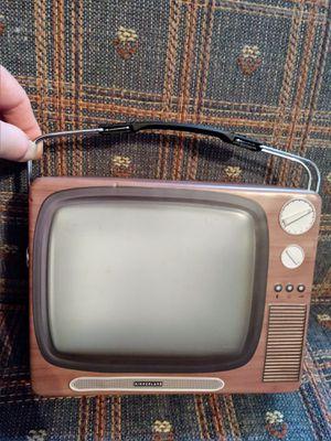 TV tin box for Sale in Wichita, KS