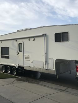 2008 Eclipse Attitude 33AKS Toy Hauler for Sale in Rancho Cucamonga,  CA