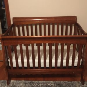 Crib for Sale in Queens, NY