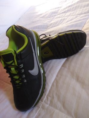 Nike air Max men size 9 (new) for Sale in Los Angeles, CA