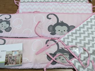 Crib Set Pink for Sale in Normal,  IL