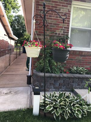 Plant hook with 2 pots for Sale in St. Louis, MO