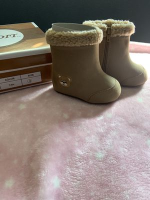 Baby girl boots for Sale in Riverside, CA