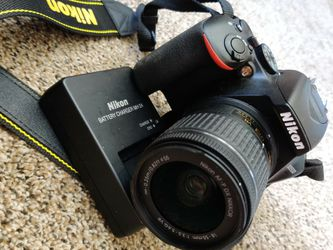 Nikon D3500 Near Perfect Condition for Sale in Colorado Springs,  CO