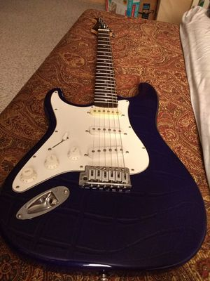 Left-handed Silvertone SS11 Blue, barely used for Sale in Framingham, MA