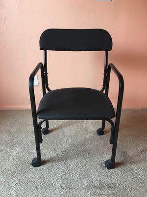 Chair (Read Description) for Sale in Phoenix, AZ