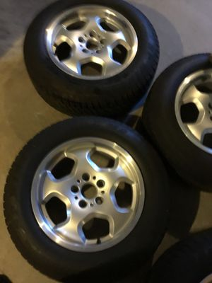 BMW X5 E53 set of rims and tires for Sale in Auburn, PA