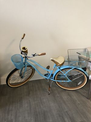 """Huffy 26"""" Women Bike with Perfect Fit Frame, Blue for Sale in Miami Beach, FL"""