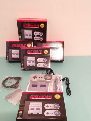 SUPER MINI NINTENDO HAS + 821 GAMES AVAILABLE TO PLAY WITH 2 CONTROLS 🎮🎮 $60. BRAND NEW IN BOX for Sale in Rialto, CA