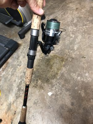 "Shimano sienna 4000fe on 7'6"" star split grip for Sale in Fort Lauderdale, FL"