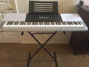 Casio Piano (make an offer) for Sale in Phoenix, AZ