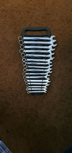Pittsburgh Full Polished Wrench set for Sale in Wichita,  KS
